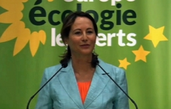 Segolene-Royal-Journees-d-ete-des-ecologistes_pics_390.jpg